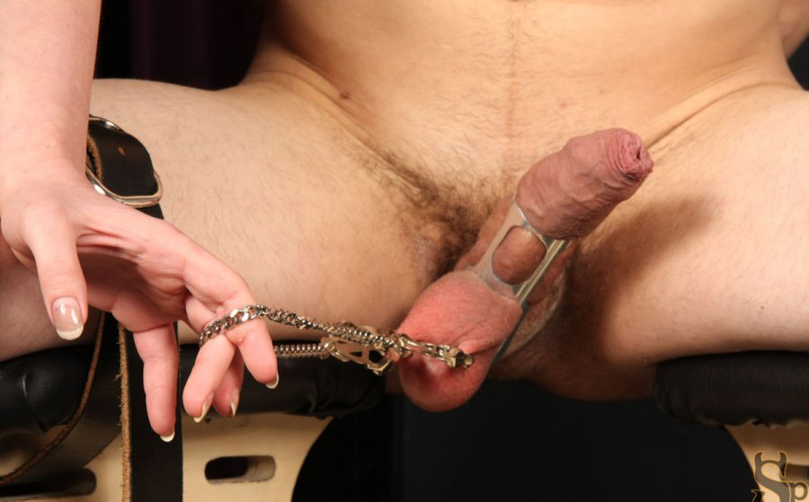 Xtube testicle bondage — photo 1