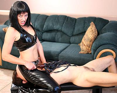 Latex mistress femdom
